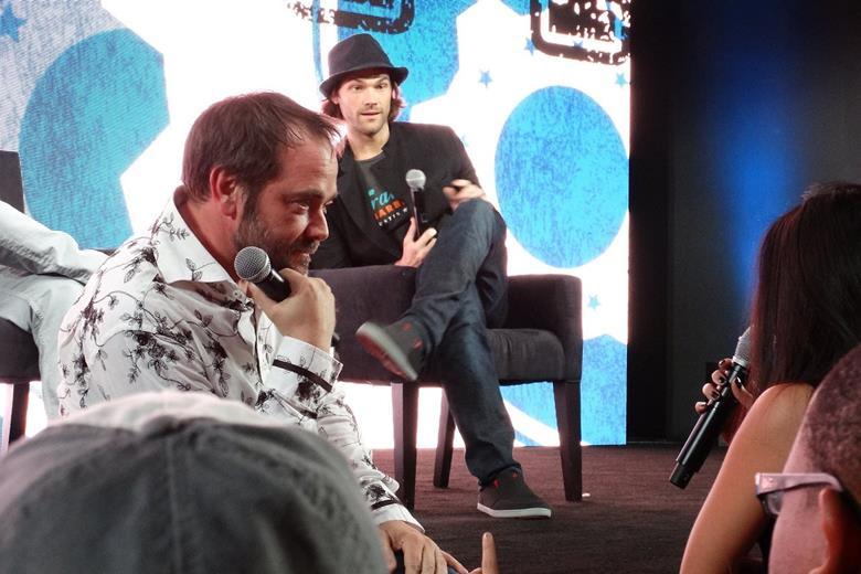 Фотографии актеров сериала «Сверхъестественное», сделанные фанатами Comic Con 2014
