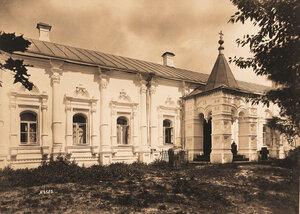 Вид на Трапезную палату в Толгском монастыре (постройка XVII в.). Ярославль г., близ Ярославля