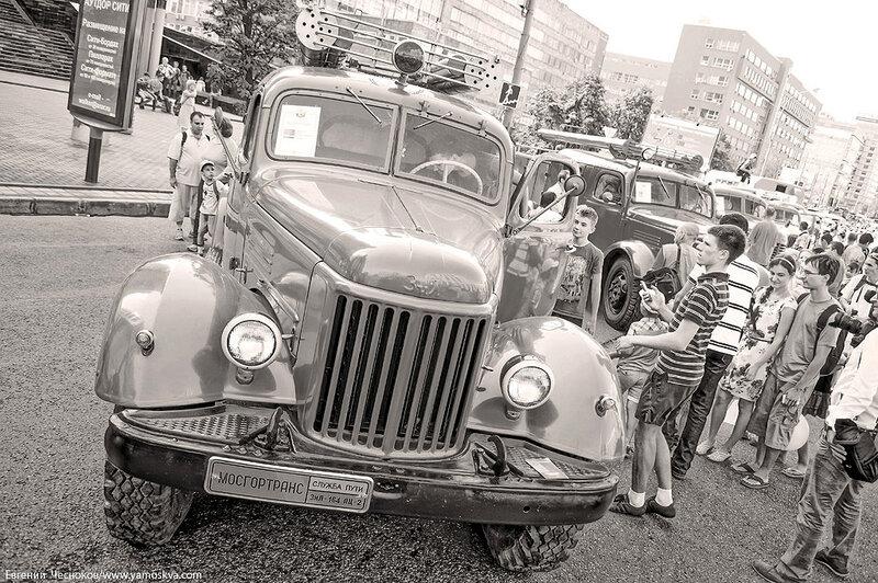Лето. Парад ретроавтобусов. 09.08.14.34с..jpg