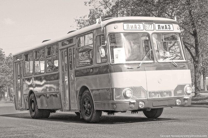 Лето. Парад ретроавтобусов. 09.08.14.49с..jpg