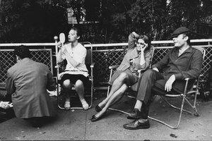 Софи Лорен, Марчелло Мастроянни, Людмила Савельева на съемках фильма Подсолнухи.
