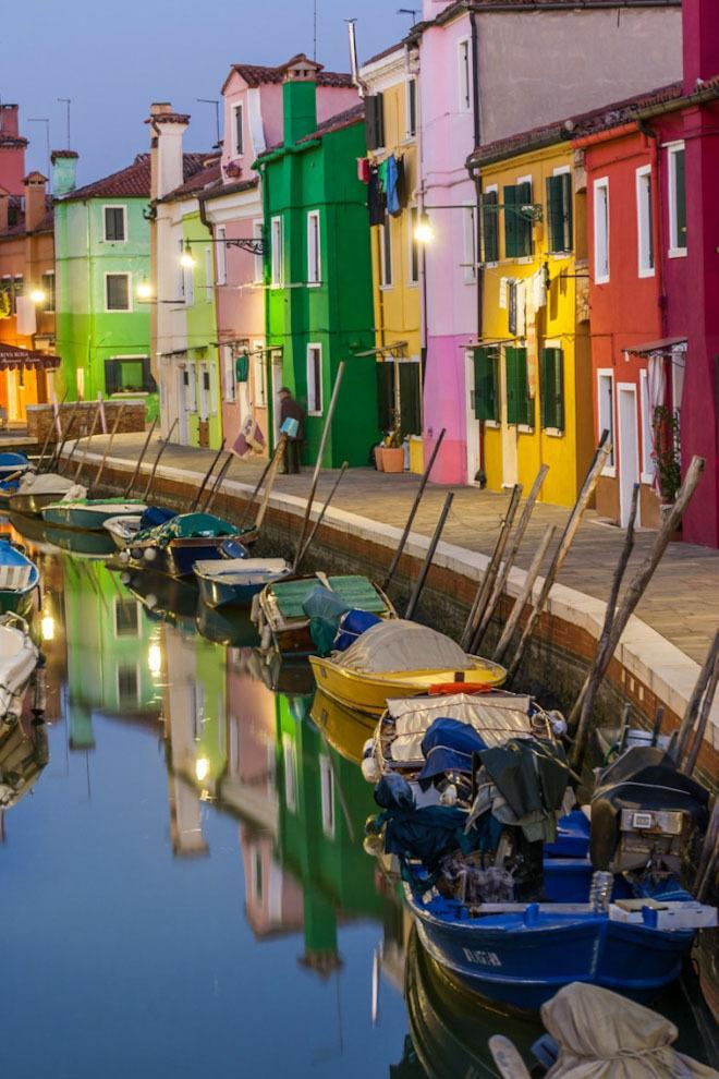 Все цвета радуги в Бурано