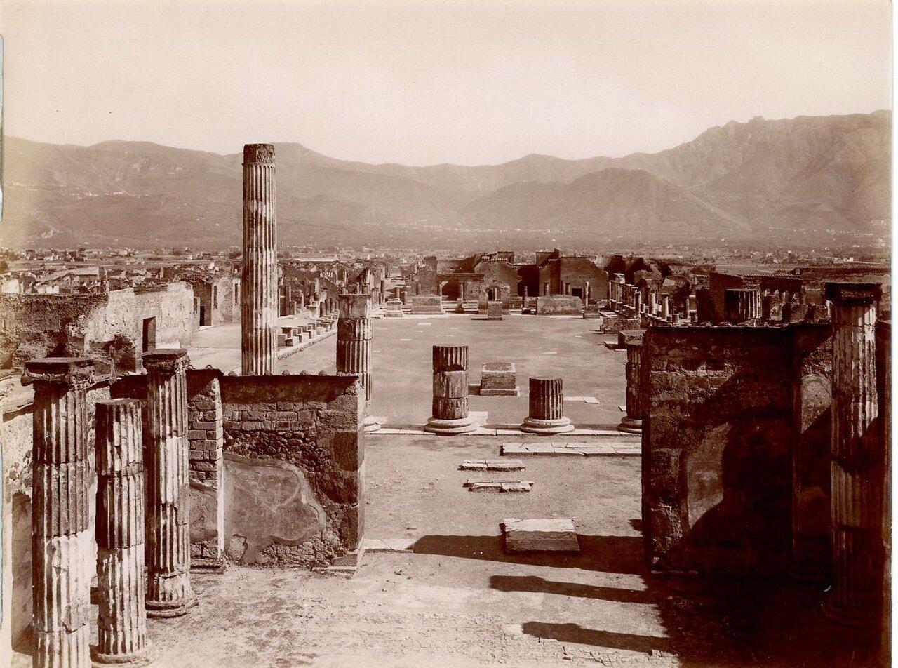 1875. Общий вид Гражданского форума