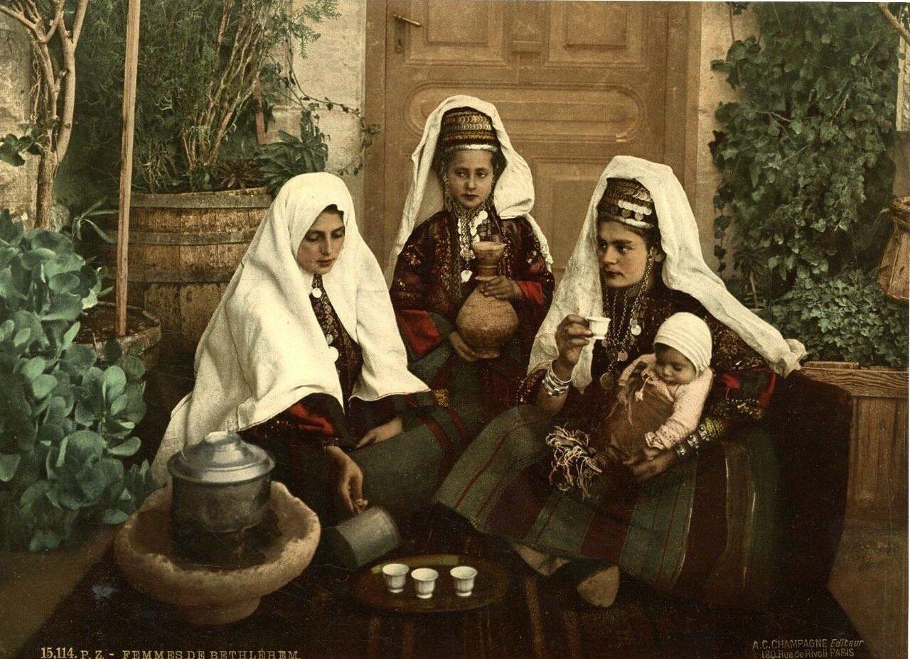 Женщины из Вифлеема