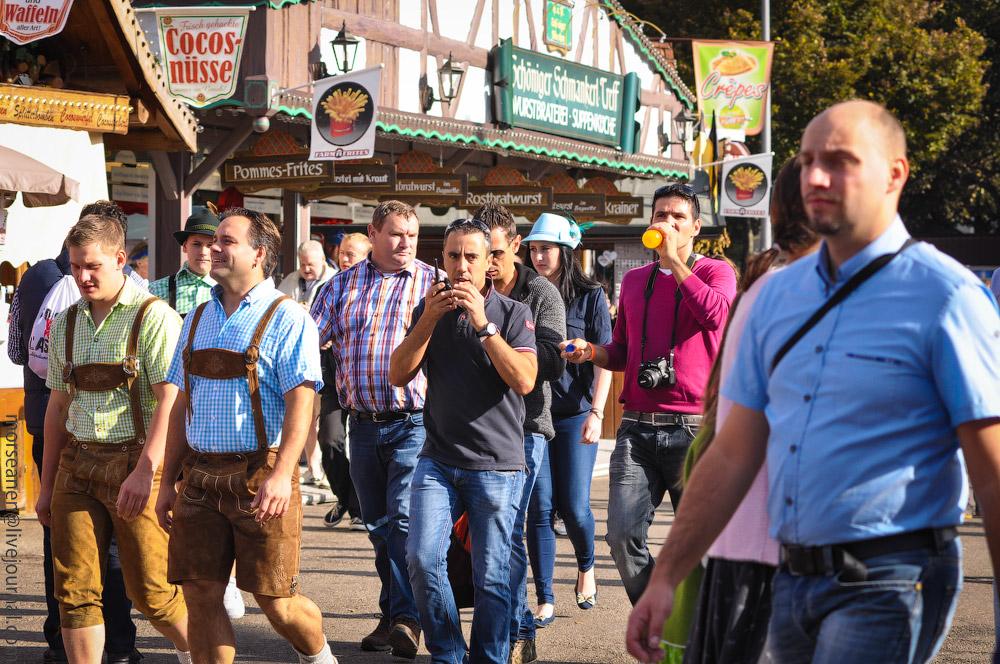 boys-Oktoberfest-(19).jpg