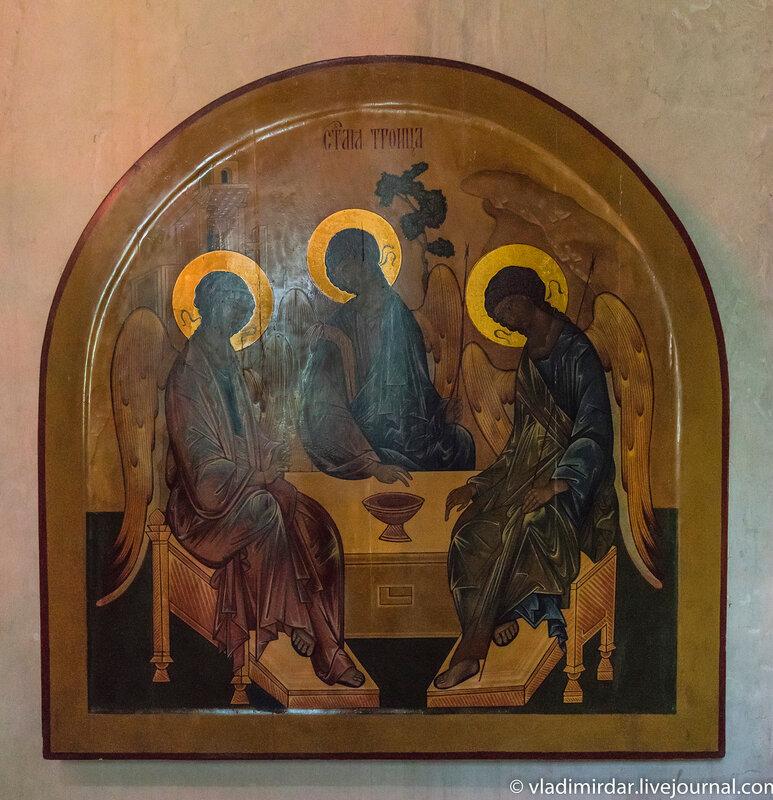 Троица - икона в северном приделе святых Кира и Иоанна Храма Преображения в селе Остров