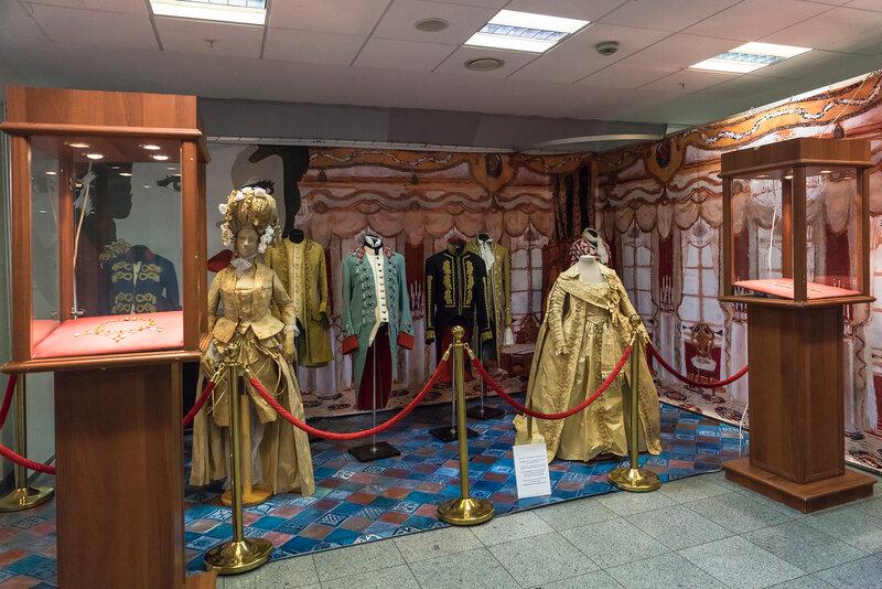 Выставка От Винтажа до Наших дней – октябрь 2014