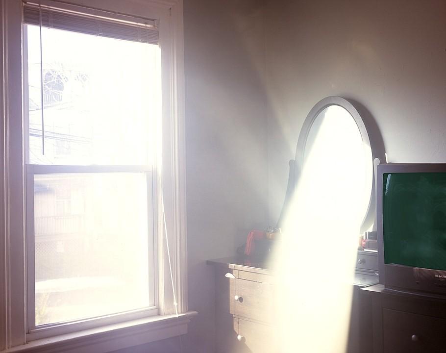 Visible light, Alexander Harding.jpg