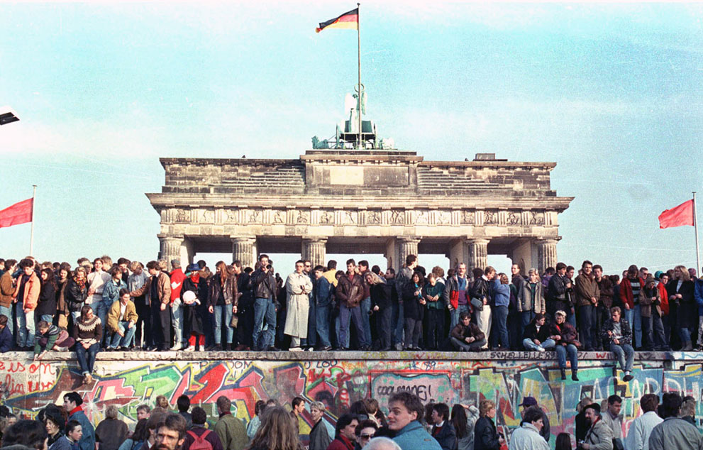 The Berlin Wall, 25 Years After the Fall1_1280.jpg