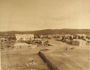 Вид части поселка и здание лазарета  (вид сверху)