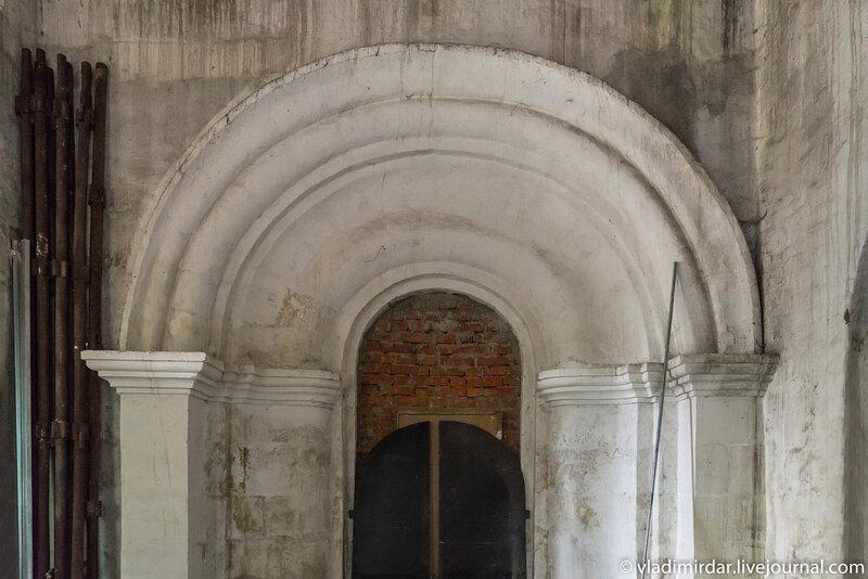 Портал придела святой великомученицы Екатерины