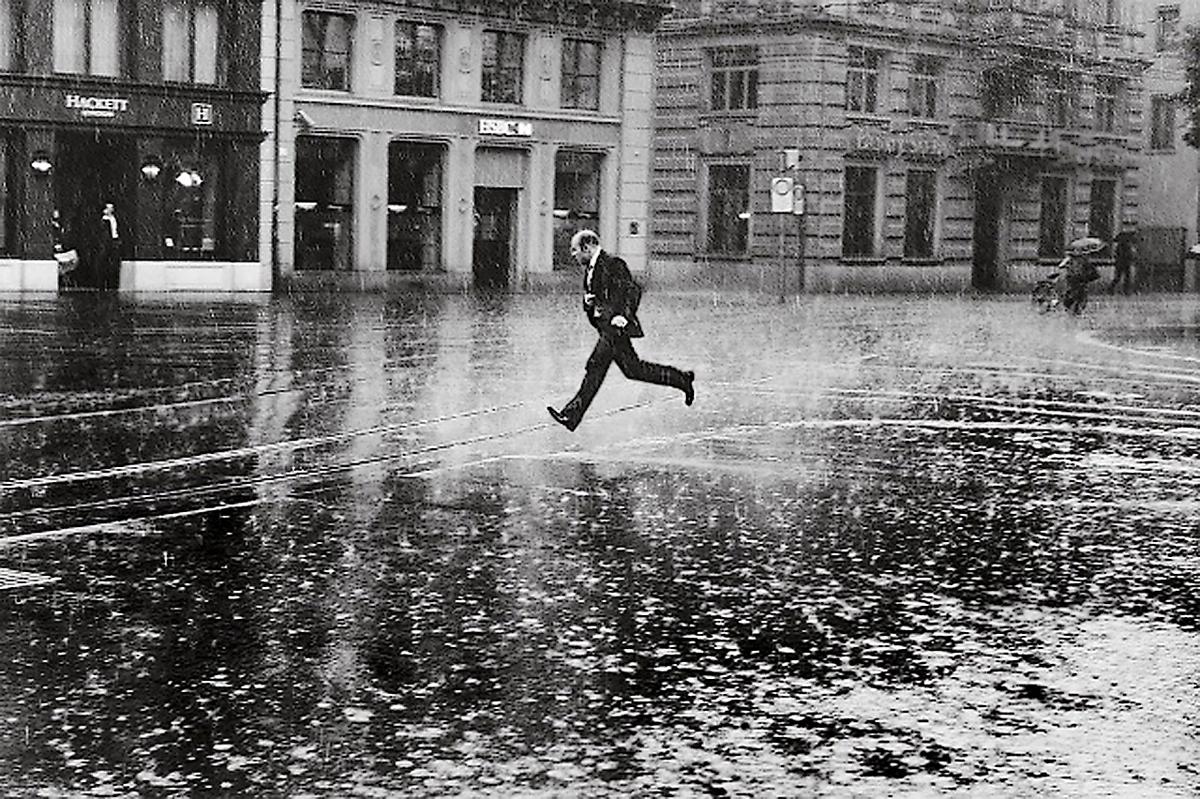 Банкир; Балет на дожде. Швейцария, август 2014-го года
