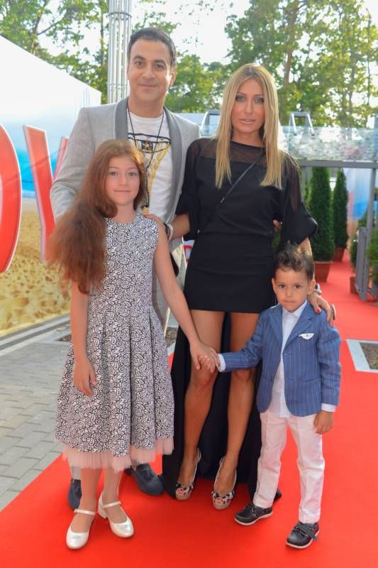 настасья самбурская и ее дети фото