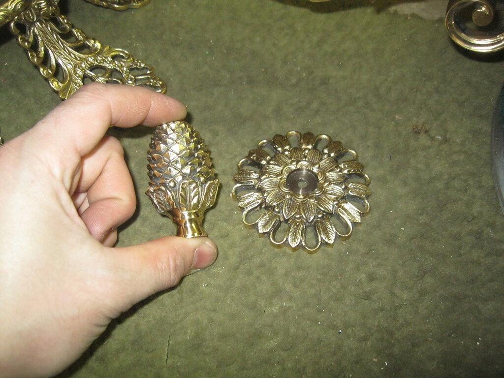 Изготовление люстры в стиле ампир в специализированной мастерской. Элементы художественного литья.