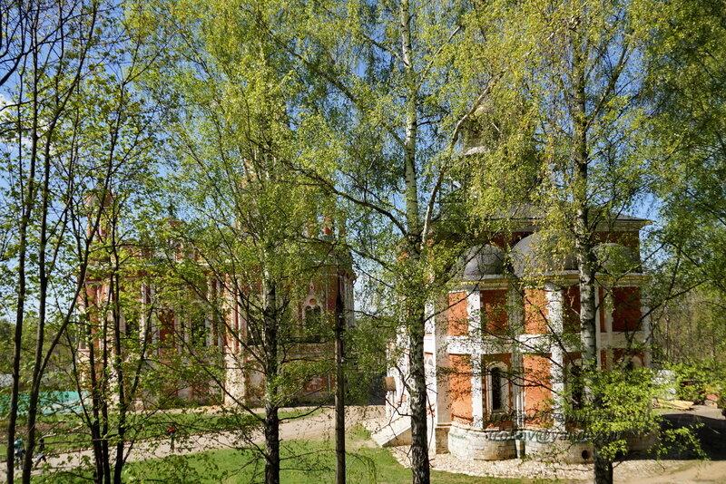 Старо-Никольский и Ново-Никольский соборы с восточного крепостного вала, Можайский кремль
