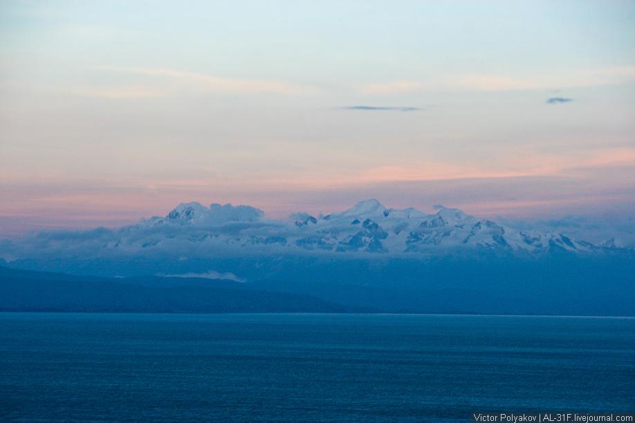 Горы. Остров Солнца. Озеро Титикака