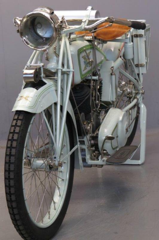 Excelsior-1918-1154-6.jpg