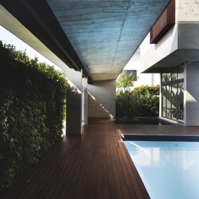 Бассейн дом мечта лес здание камин костер строительство Aquarai