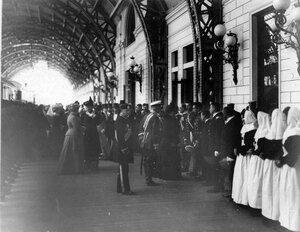 Проводы личного состава поезда в действующую армию на Царскосельском вокзале