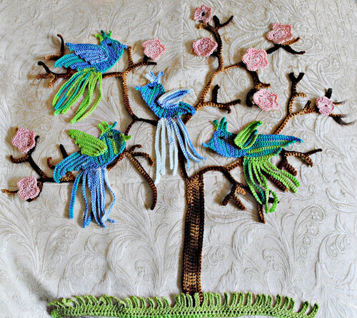 Вязаная картина Райские птицы
