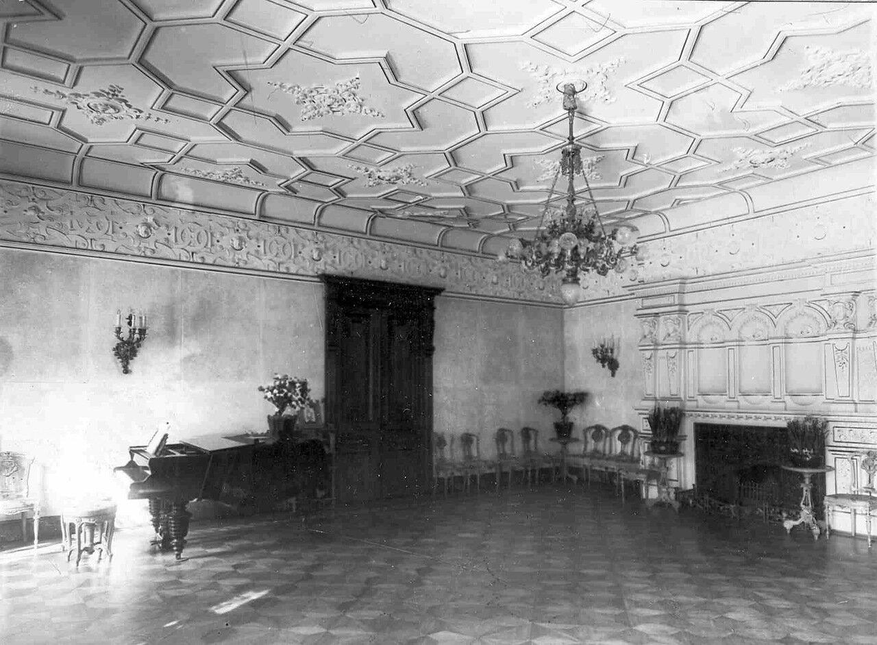 13. Зал в особняке И.Д.Бонштедта
