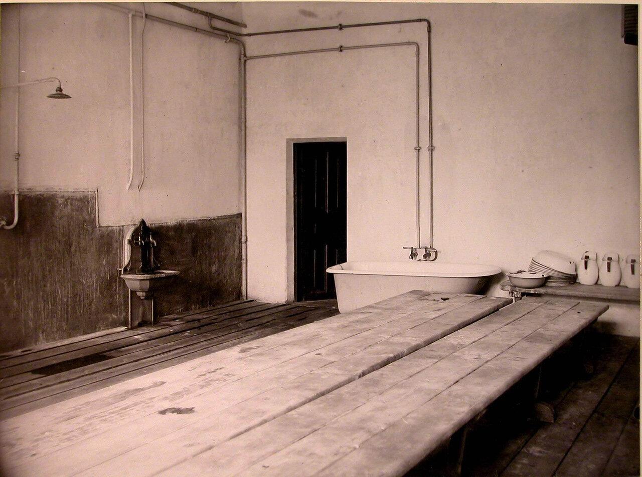 22. Вид части помещения бани в доме призрения для увечных воинов