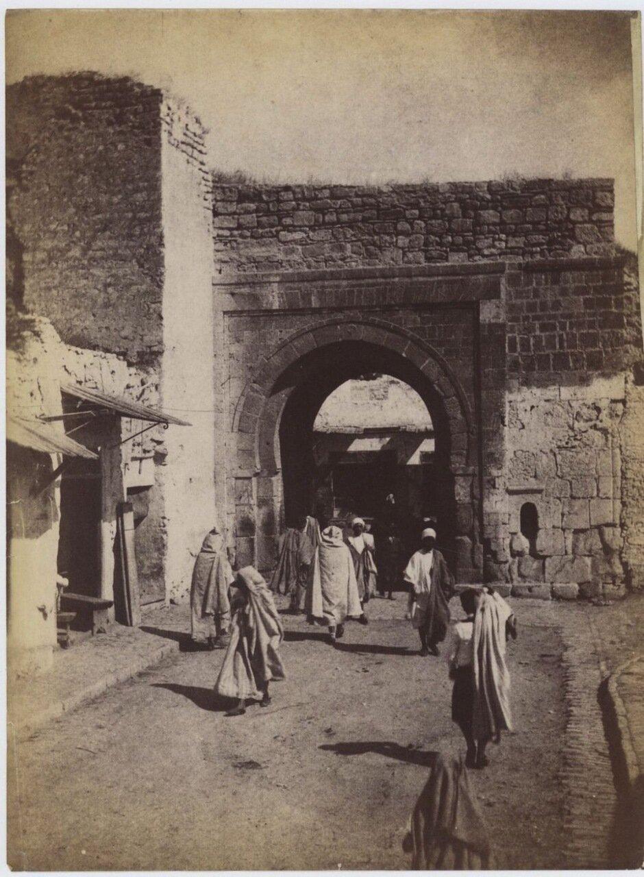 1880. Городская суета