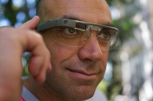 Британцы считают что Google Glass нарушает их конфиденциальность