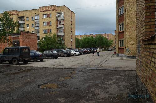 Фото города Инта №7024  Куратова 44, Воркутинская 1, Куратова 42 и 48 11.07.2014_13:10