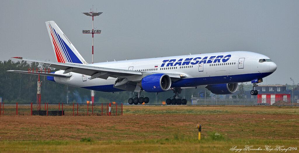 Boeing 777-222 Transaero EI-UNX