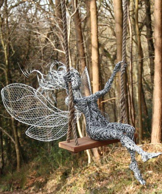 Стальные феи, ветреные и шаловливые. Скульптор Robin Wi5a8ght. 25 фото