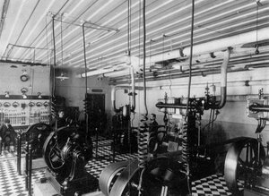 Внутренний вид электростанции Четвертого казенного винного склада.