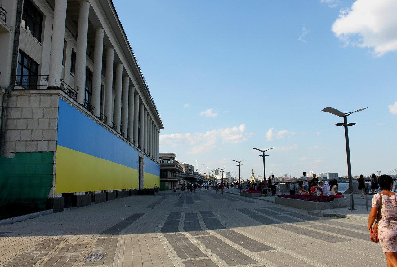 Фасад Речной вокзал киев
