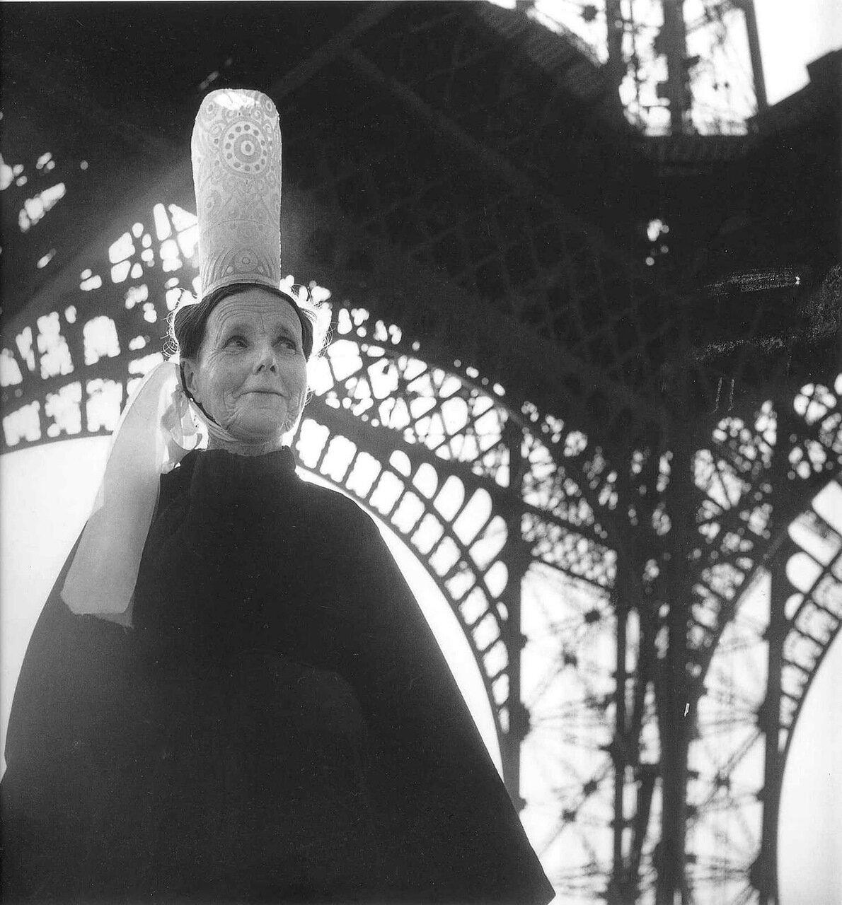 1950. Показ мод