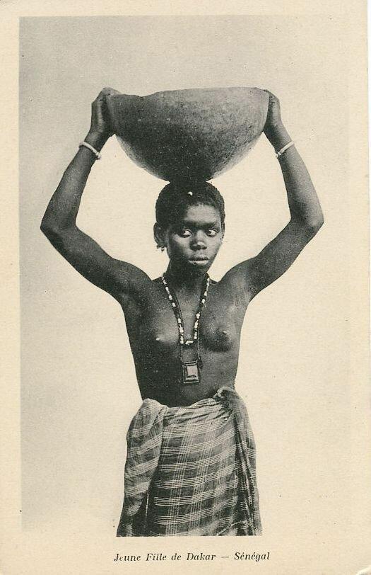 Сенегал. Девушка из Дакара