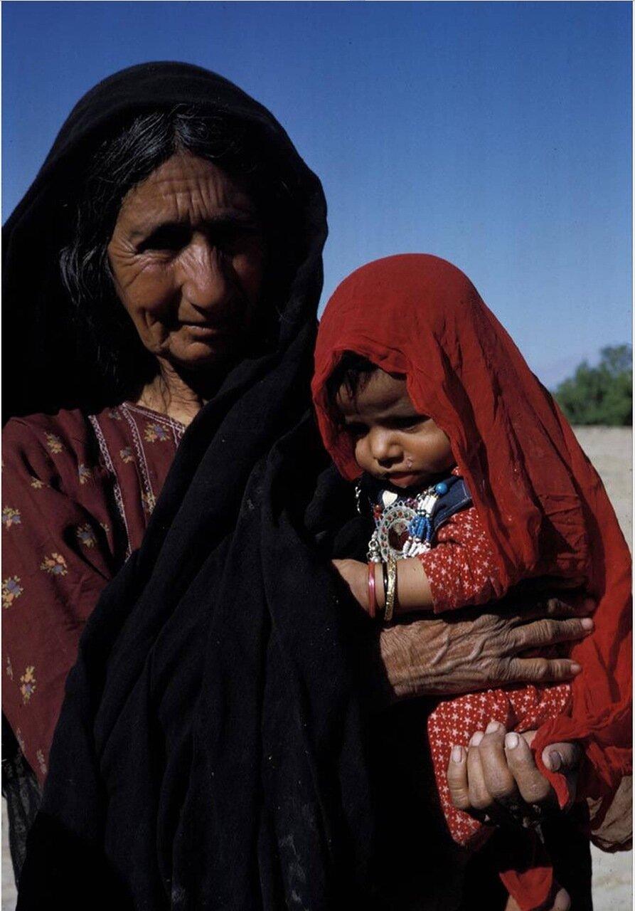 Женщина из кочевого племени пуштунов