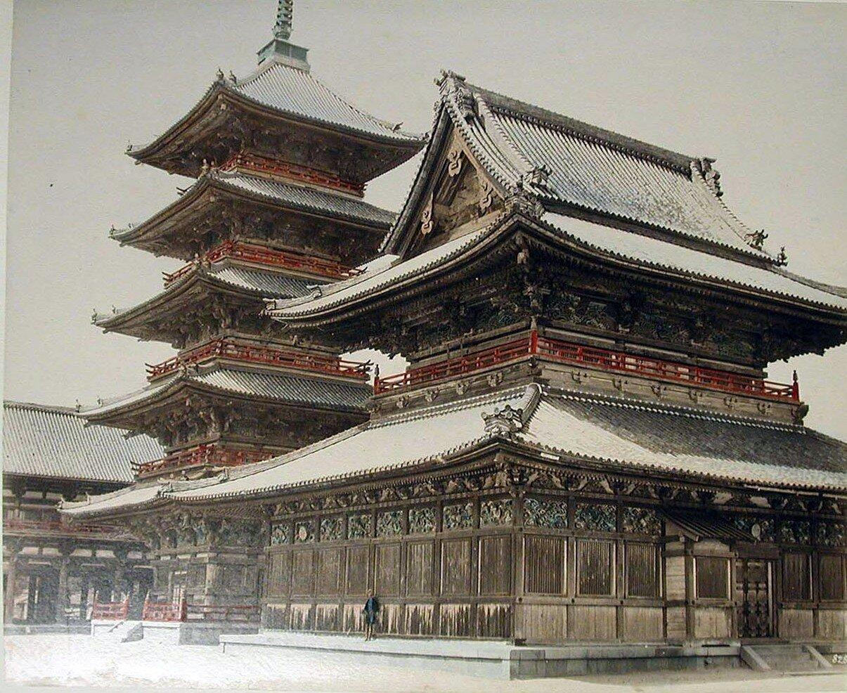 Осака. Будистский храм Тэннодзи