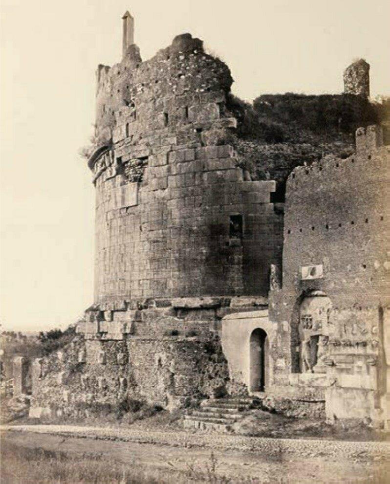 Гробница Цецилии Метеллы на Аппиевой дороге. 1870-е.