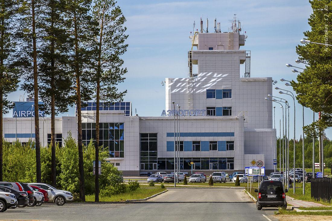 По дороге домой: Аэропорт Советский