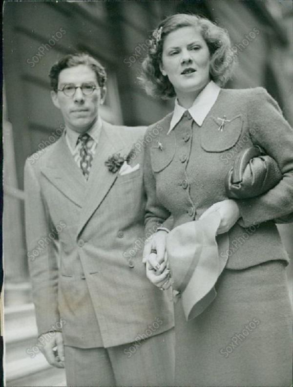 1 Князь Всеволод Иоаннович и его супруга Княгиня Мария.jpg
