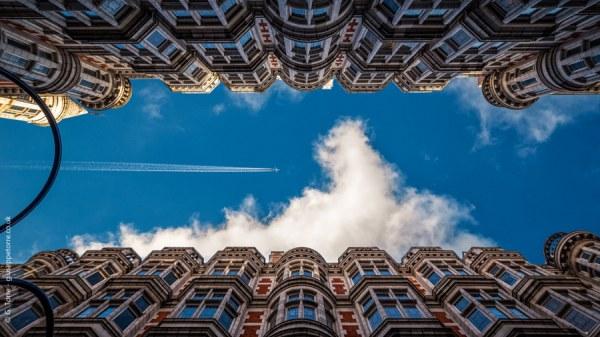 Небо, архитектура, самолёты