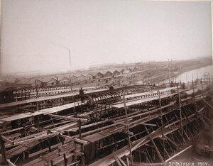 Общий вид стапелей во время постройки минных крейсеровМосквитянини Доброволец.