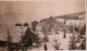 Общий вид палаток перевязочно-питательного пункта №4, организованного отрядом Красного Креста В.М.Пуришкевича.