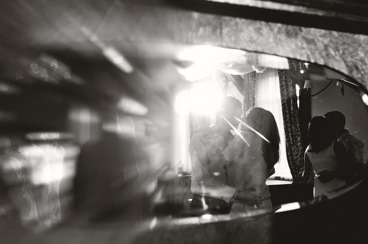 Свидетели «зажгли» на свадьбе