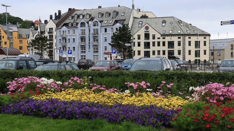 Роскошные пейзажи Норвегии - Страница 39 0_c86ce_b3ed5a3a_XL