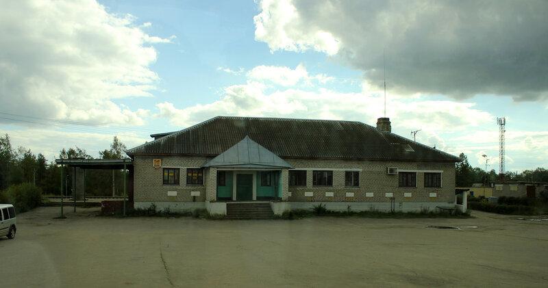 Станционное здание в Оленино