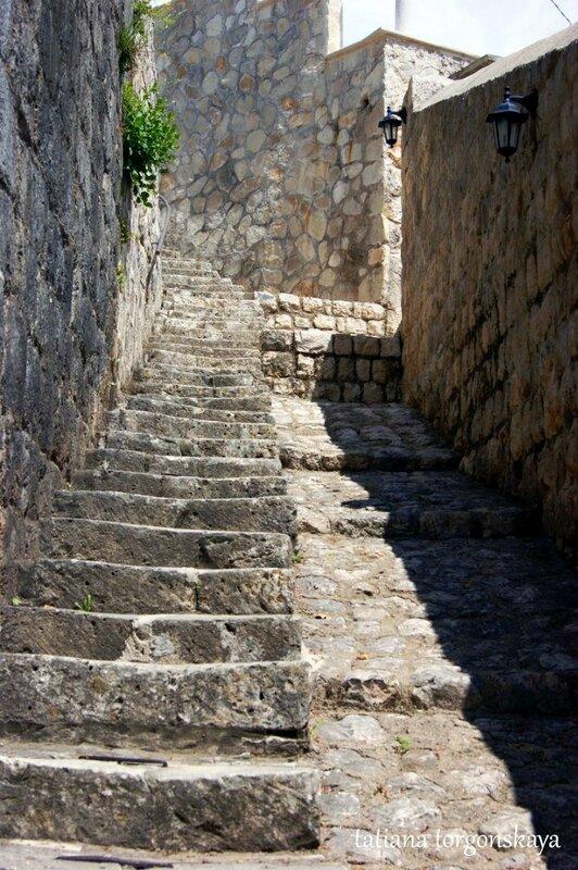 Лестницы в Перасте