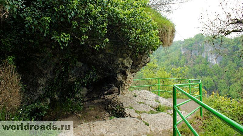 Ахштырская пещера