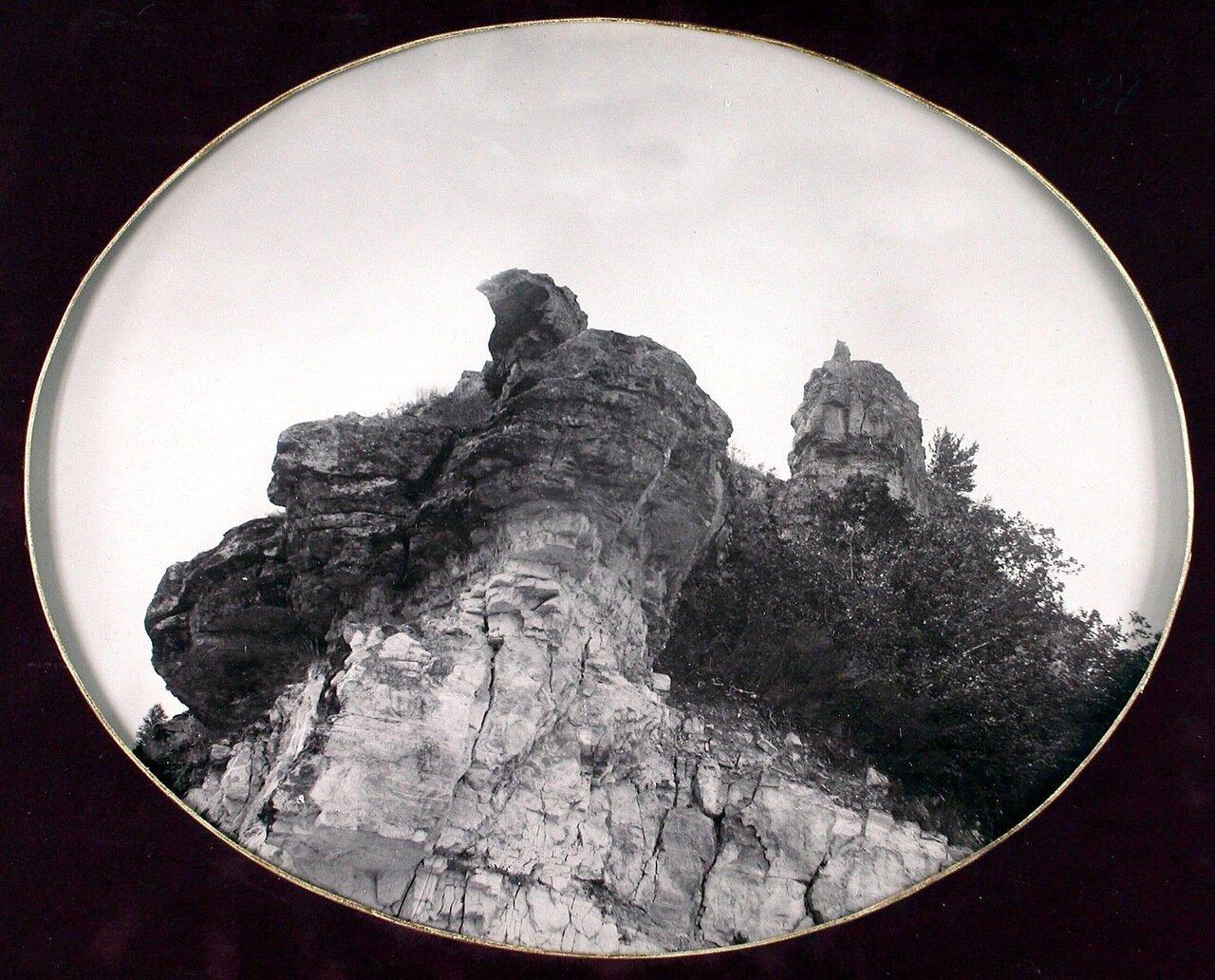 19. Вид гор Козьи рожки со стороны р. Волги