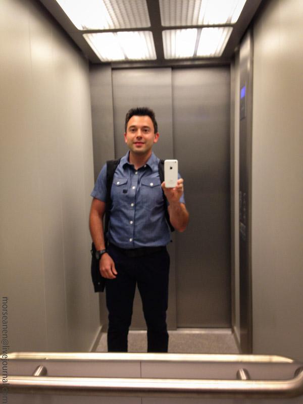 Сосу в лифте фото 365-907